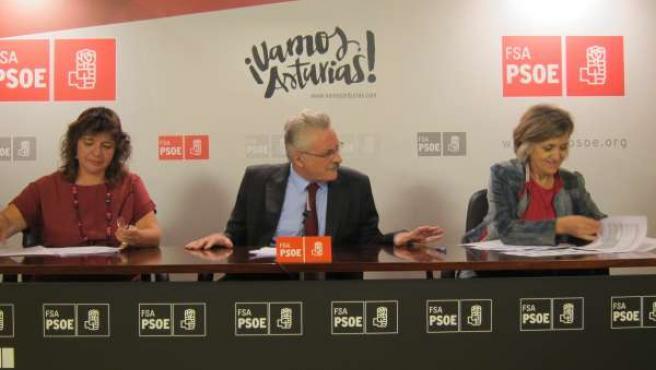 Rosa Cañizares, Antonio Trevín y María Luisa Carcedo