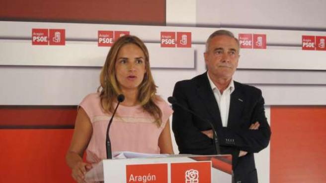 Susana Sumelzo y Javier Sada, del PSOE