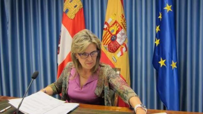 La delegada del Gobierno en Castilla y León analiza los presupuestos
