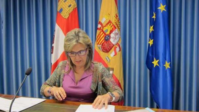 María José Salgueiro analiza los presupuestos para 2016
