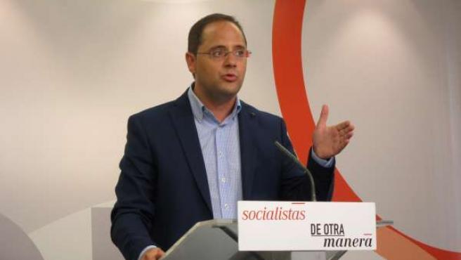 César Luena secretario de organización del PSOE