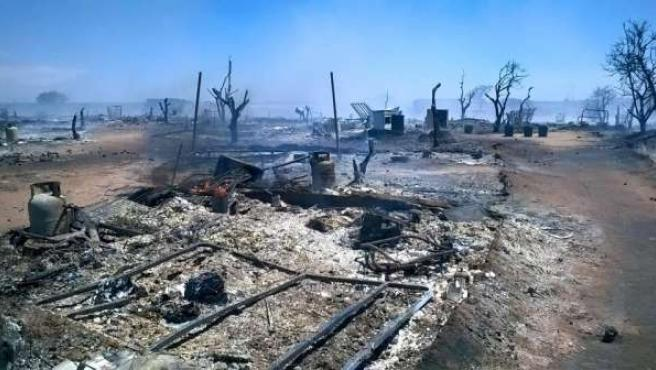 Asentamiento de Lepe afectado por un incendio.