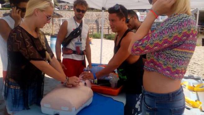 Campaña de sensibilización en las playas de Palma