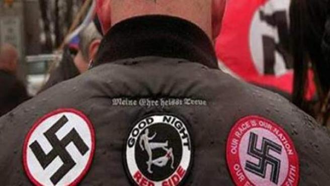 Imagen de archivo de un neonazi alemán durante una concentración fascista en Berlín.