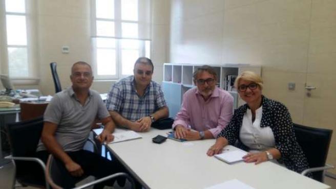 Reunión de Consol Castillo con asociaciones de recogida de ropa