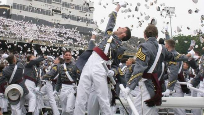 Cadetes de la academia de West Point, en su graduación.