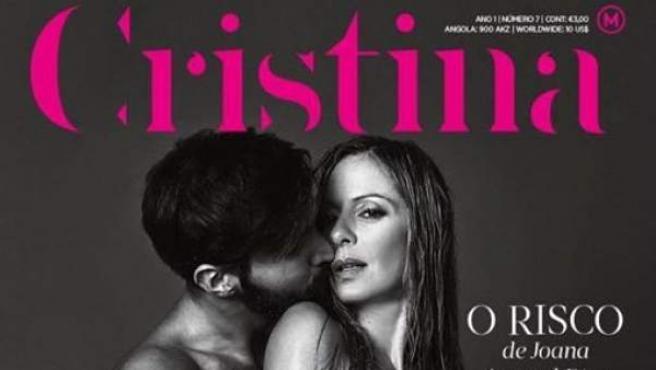 Portada de la revista Cristina, en la que sale la política portuguesa Amaral Dias desnuda junto a su marido.
