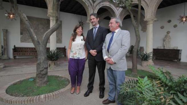 Cañadilla (centro), entre Téllez y Alcalde, en Viana