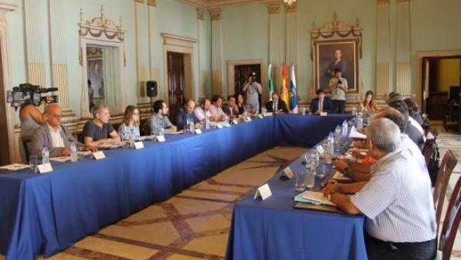 Reunión de la Mesa de los Fosfoyesos en Huelva.