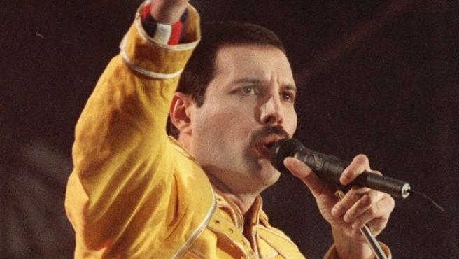 Imagen de archivo de Freddie Mercury, en un concierto de 1986.