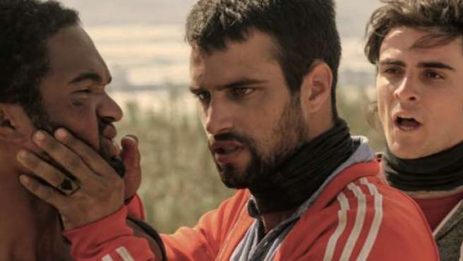 Crítica. Mar de plástico, trepidante thriller policiaco con Rodolfo Sancho y Jesús Castro