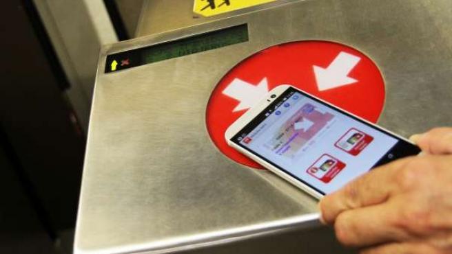 Más de 5.500 usuarios acceden al transporte público valenciano con la aplicación