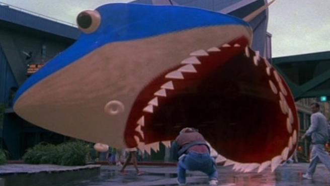 Vídeo del día: Tráiler de 'Tiburón 19' de 'Regreso al futuro II'