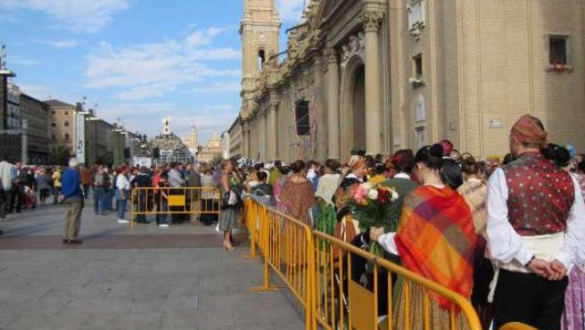 Ofrenda de Flores a la Virgen del Pilar 2015.
