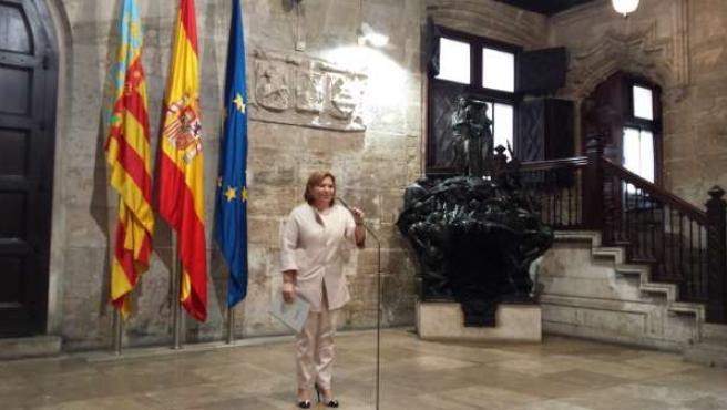 Bonig atiende a los medios en el Palau de la Generalitat