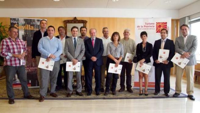 Firma del convenio de Diputación con las Escuelas Hostelería
