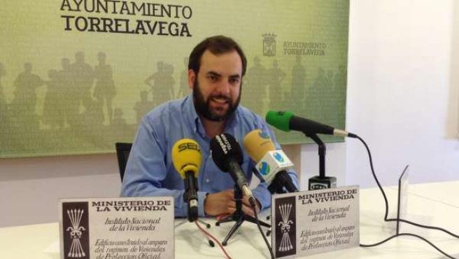 José Otto Oyarbide en la rueda de prensa