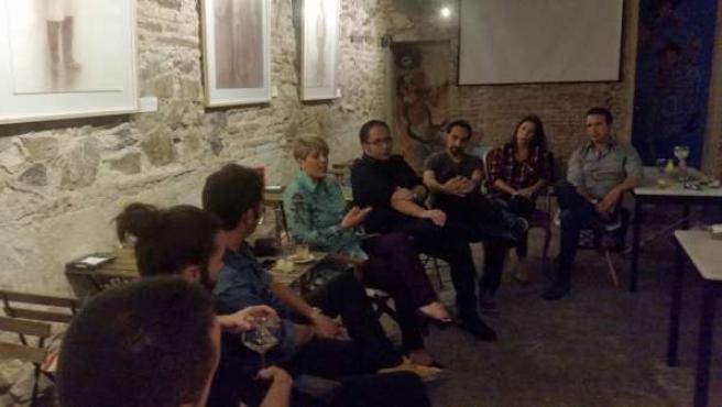 Reunión con artistas