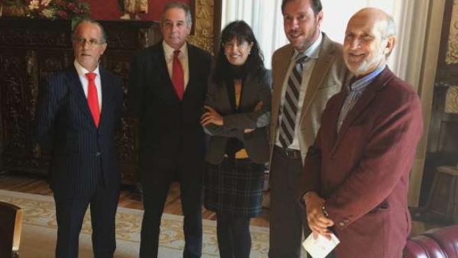 Firma del convenio entre el Santander y la Seminci