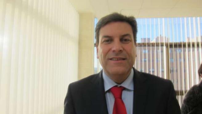 El portavoz del PP en las Cortes, Carlos Fernández CarrIedo