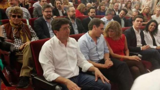 Marín y Rivera, en un acto con simpatizantes en Sevilla