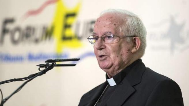 El arzobispo de Valencia, el cardenal Antonio Cañizares, durante su intervención en el Fórum Europa Tribuna Mediterránea.