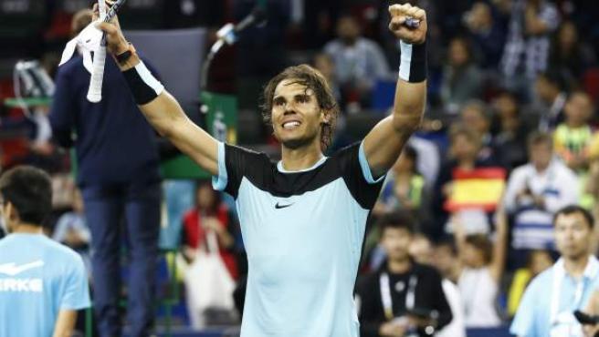 Rafa Nadal celebra su victoria ante Raonic en el Masters 1.000 de Shangái.