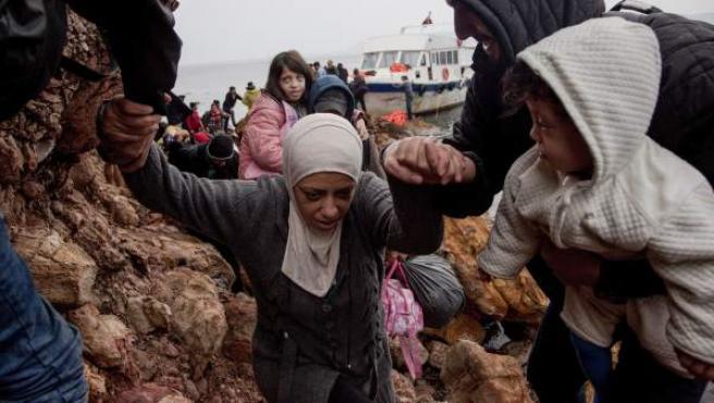 Imágenes de archivo de un naufragio de refugiados sirios en las costas de Grecia.