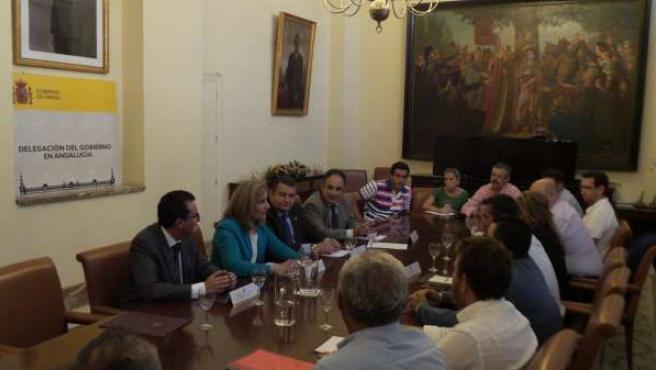 Reunión de la ministra Fátima Báñez con los regantes del Condado de Huelva