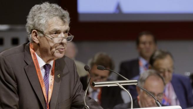 El presidente de la Federación Española de Fútbol (RFEF), Ángel María Villar, durante su intervención en la Asamblea General de la Real Federación Española de Fútbol celebrada el 14 de julio de 2015.