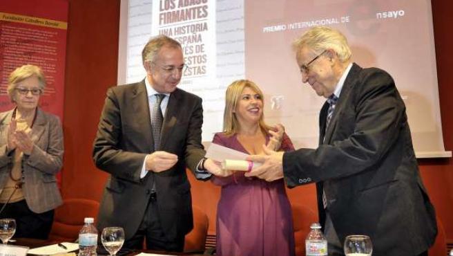 Santos Juliá, Premio Internacional de Ensayo Caballero Bonald