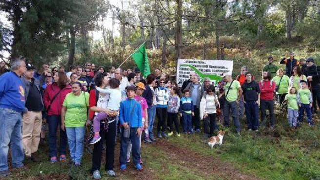 Marcha en defensa del monte de A Fracha
