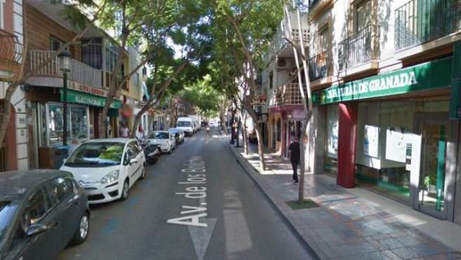 Imagen de la avenida de los Boliches, en Fuengirola, donde ha tenido lugar el suceso.