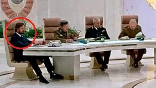 Uno de los cameos de Michael J. Wilson en 'Octopussy' (1983).