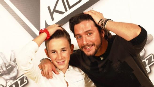 Jose María, ganador de La Voz Kids, y su coach Manu Carrasco en una entrevista para 20minutos.