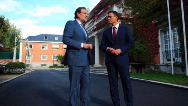 Rajoy y Sánchez, reunidos en La Moncloa.