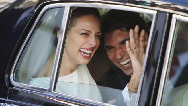 Eva González y Cayetano Rivera, emocionados el día de su boda.