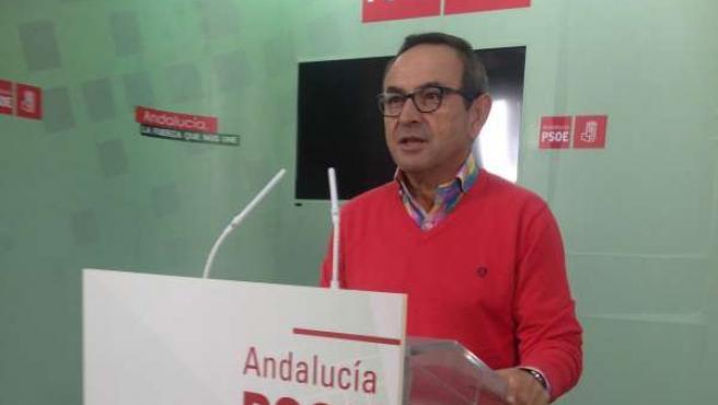 El portavoz del PSOE en el Ayto de Cartaya, Jesús Palacios.
