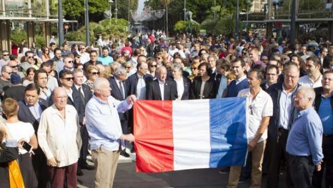 Concentración en Almería por los atentados de París