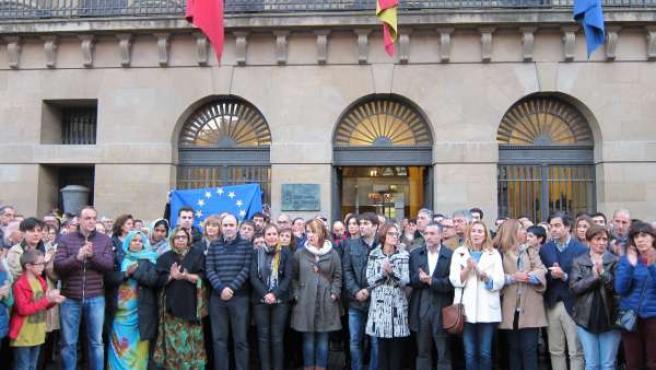 Concentración en Pamplona contra los atentados de París