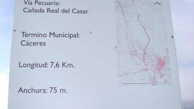 Cartel de las vías pecuarias en Cáceres