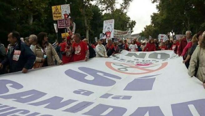Imagen de la protesta por la Sanidad Pública del 18 de octubre de 2015.