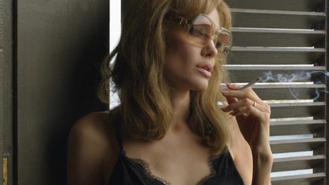 Taquilla EE UU: Angelina Jolie y Brad Pitt se estrellan con 'Frente al mar'