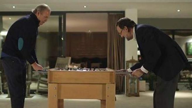 """Rajoy le ha dado una paliza al futbolín a Bertín Osborne. """"Llevo un mes preparando esta entrevista"""", se ha justificado."""