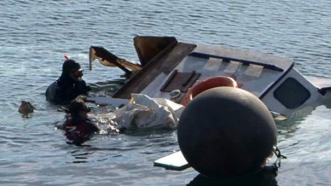 Imagen de archivo de un naufragio de refugiados frente a las islas griegas.