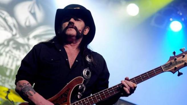 Lemmy Kilmister, cantante del grupo británico Motörhead.