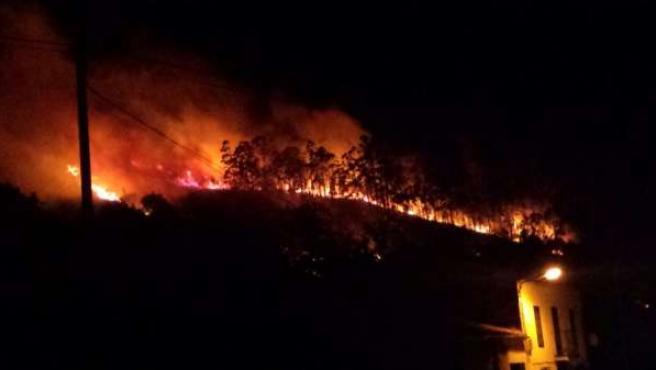 Incendio Forestal en La Cavada en Cantabria