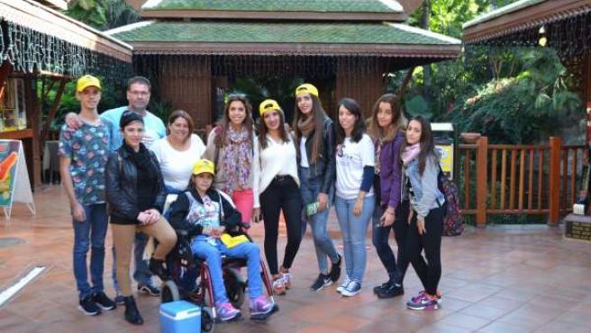 Nota De Prensa: Visita De La Asociación Sofía A Loro Parque