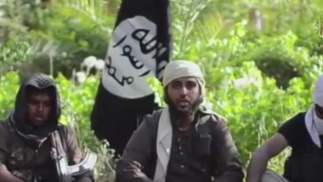 Imagen de uno de los vídeos de Estado Islámico difundidos para atraer combatientes.