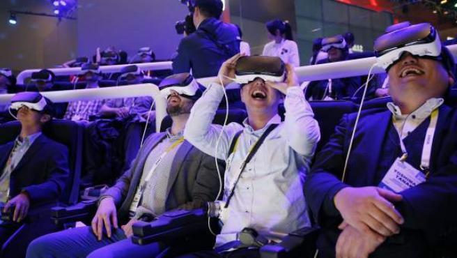 Demostración de realidad virtual en la feria CES de Las Vegas.